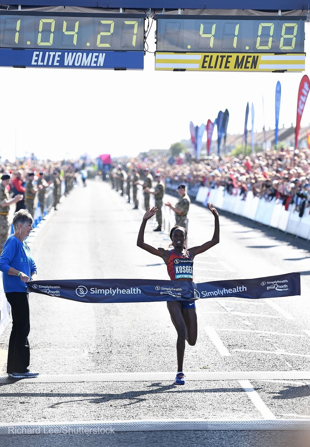 Brigid Kosgei breaks half marathon world best time clocking 1:04:28 at Great North Run as Mo Farah wins sixth title finishing in 59:06