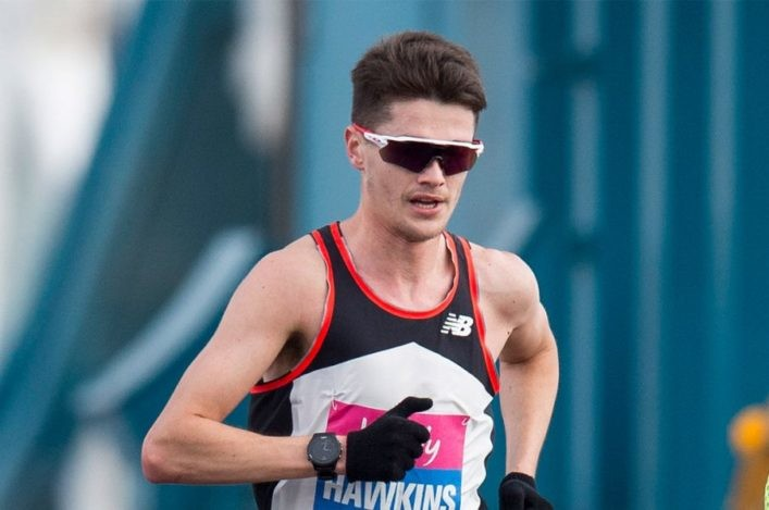 Scotland's marathon record holder Callum Hawkins is turning up the heat in preparation for Doha