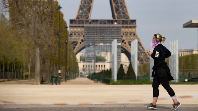 Paris government bans daytime outdoor exercise, Parisians can only exercise outdoors before 10:00 a.m or after 7 p.m.