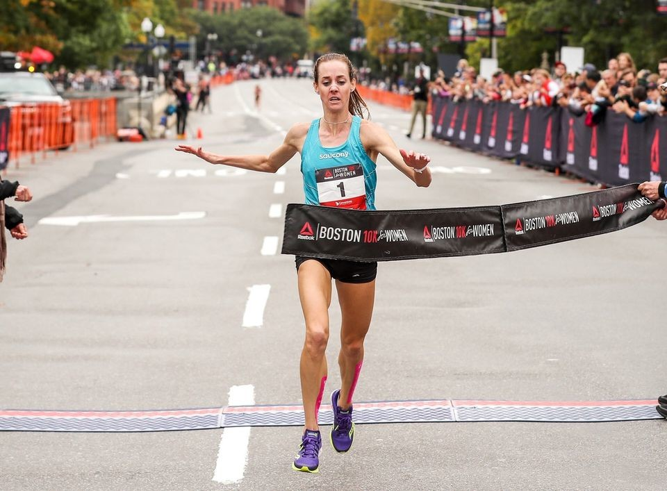 Molly Huddle clams victory at Reebok 10K for Women clocking 31:50 on Monday