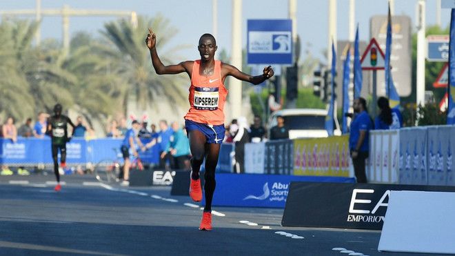 Kenya's Marius Kipserem will face his compatriot Dickson Chumba in his quest to defend Abu Dhabi marathon title