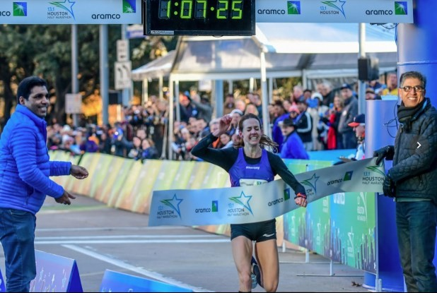 Molly Huddle Sets a New Half Marathon American Record