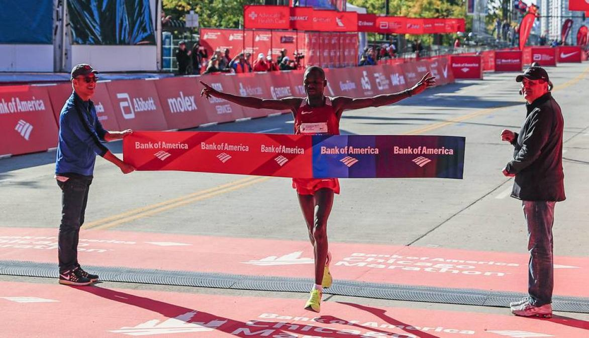 Past champions Abel Kirui and Dickson Chumba join the elite field at this year's Chigago Marathon