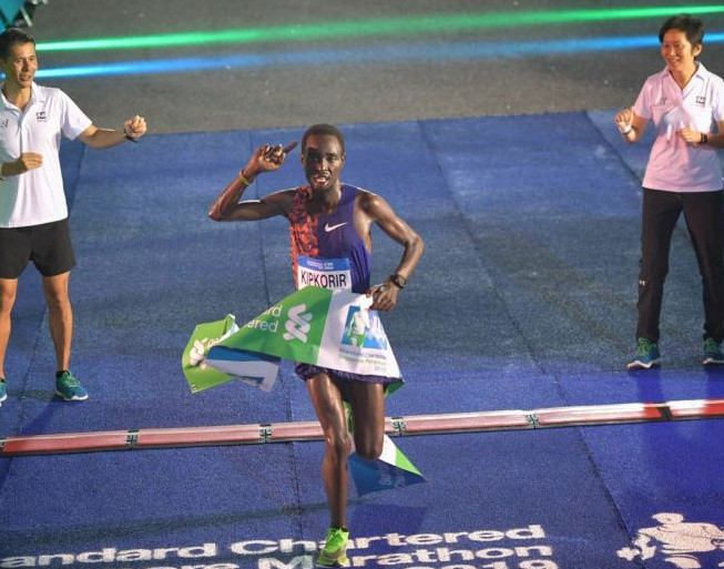 Kipkorir and Cherono retain Standard Chartered Singapore Marathon titles