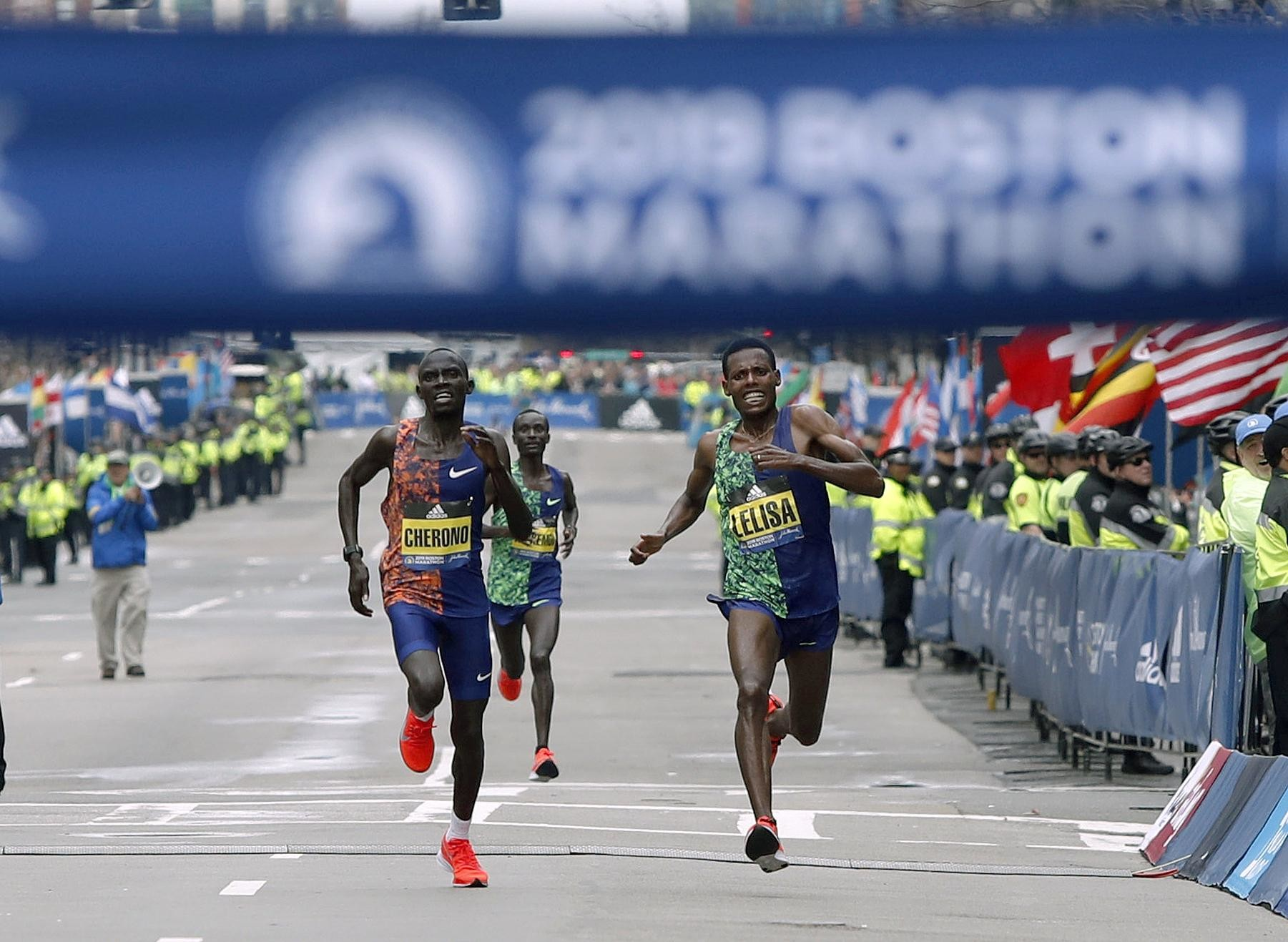 Boston marathon champion Lawrence Cherono has confirmed he will compete in Chicago Marathon against Britain's Mo Farah