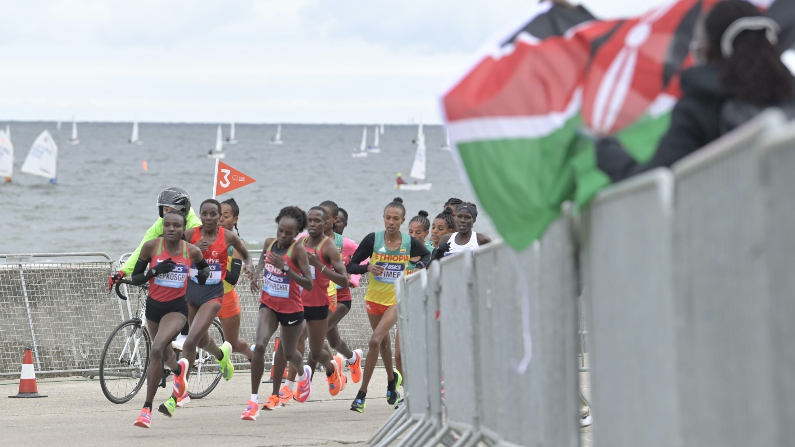 Jepchirchir breaks women-only world record at World Athletics Half Marathon Championships Gdynia 2020