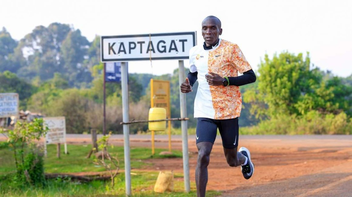 Eliud Kipchoge will use the Nike Vaporfly, the shoes he used during the Ineos 1:59 Challenge, to defend his London Marathon title