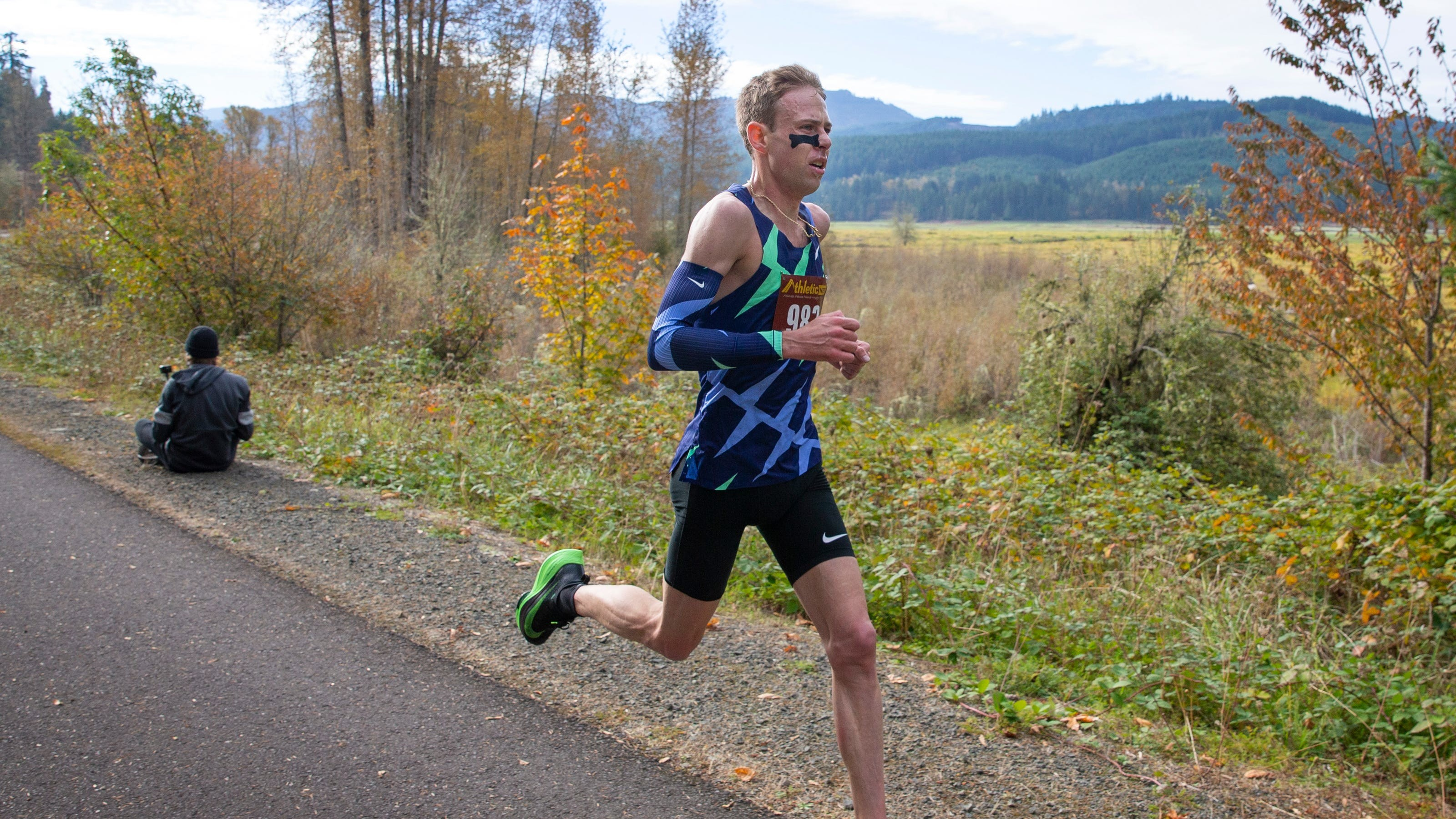 Galen Rupp breezes to victory in a popup half marathon in Lane County