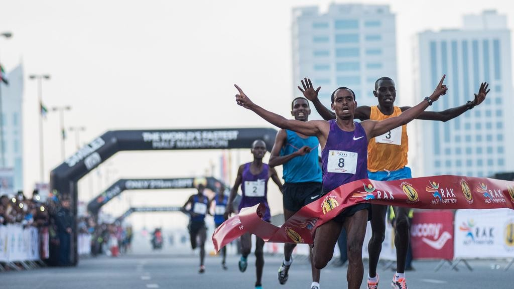 RAK Organizers added a $100,000US bonus for anyone who breaks the world record