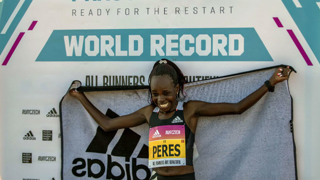 Kenyan Peres Jepchirchir smashes half marathon World Record in Prague