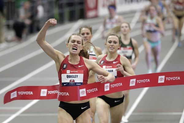Colleen Quigley scores her first USATF track title, beating teammate Shelby Houlihan in the indoor mile