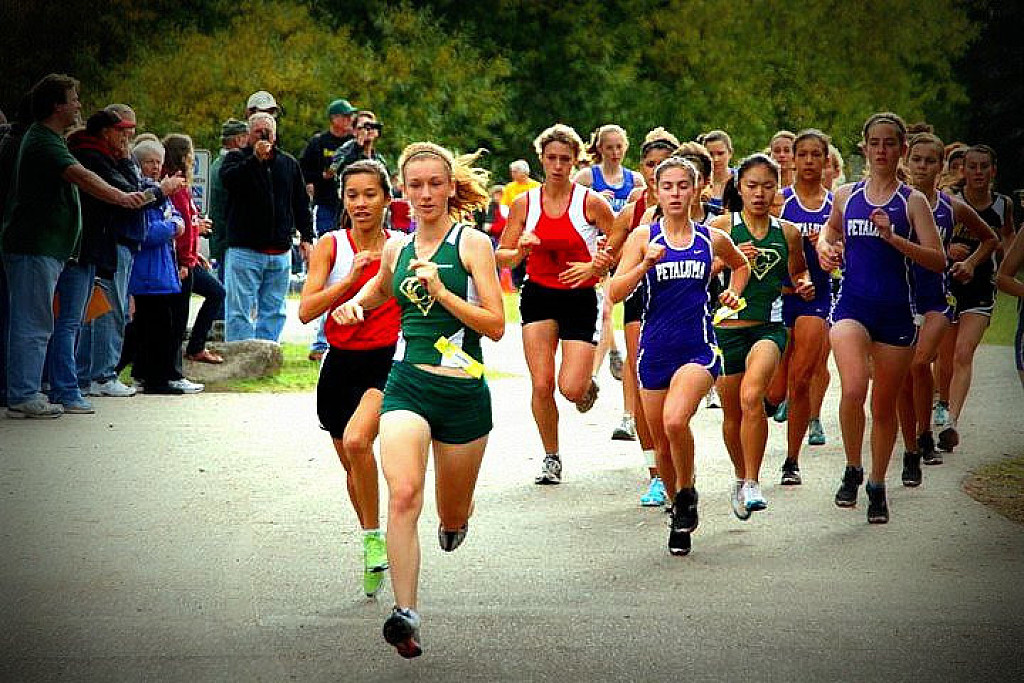dating cross country runner Making varsity—it's every runner's goal on the high school cross country team, it's like making the olympics varsity is the pinnacle you join a select group that trains together, shares.